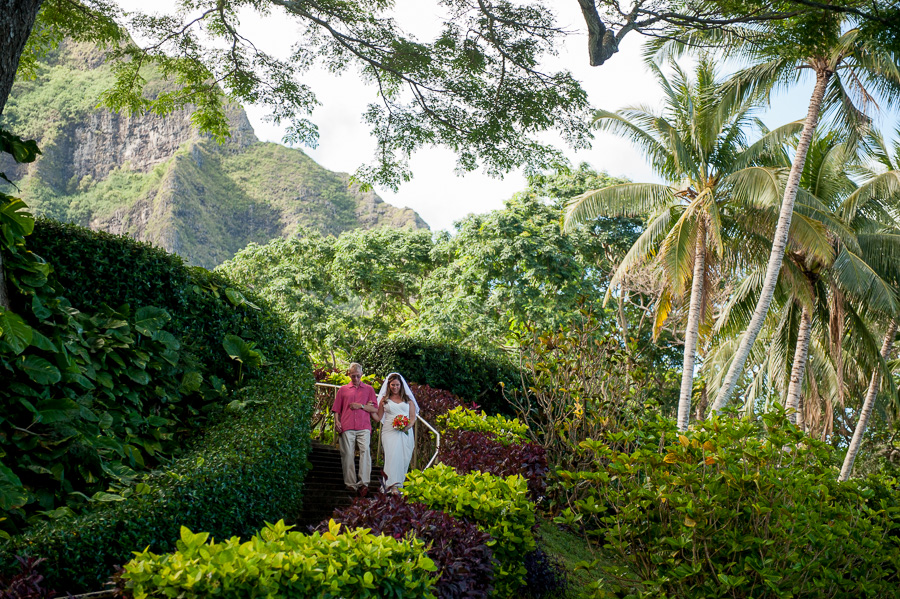 Quaint and Colorful Kualoa Wedding - Studio 3511 Photography: Oahu ...