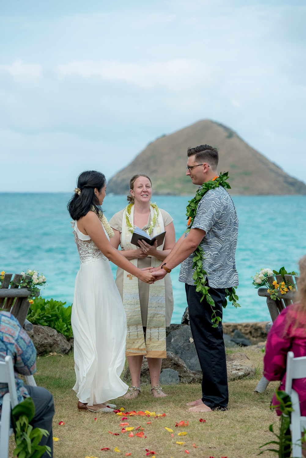 Getting married in front of the Mokulua islands